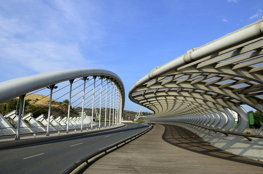 Puente Kaiku